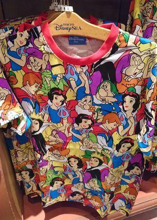 東京ディズニーリゾート 白雪姫  総柄 Tシャツ S〜LL