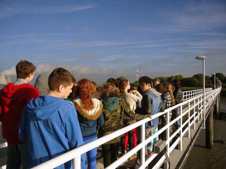 Vrijdag trokken onze tweedejaars naar de haven van Antwerpen, bekijk hier de fotoreportage (met dank aan mevrouw Vanherck) : http://www.khwilrijk.be/wordpress/zonnige-beelden-vanuit-de-haven/