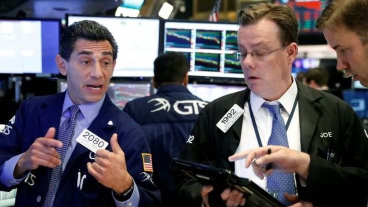 Image copyright                  Reuters               Wall Street closed down, with banks falling sharply as renewed worries about North Korea pushed investors away from equities and towards bonds and other safer investments. The Dow Jones fell 1.1% to close the first session... - #Banks, #Closes, #Hard, #Hit, #Street, #Wall