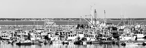 During our visit at Cape Cod at September 2014, we had a nice late lunch at Lobster Pot. Not only the food was exceptional, but it also came with this exceptional view of the provincetown harbor.