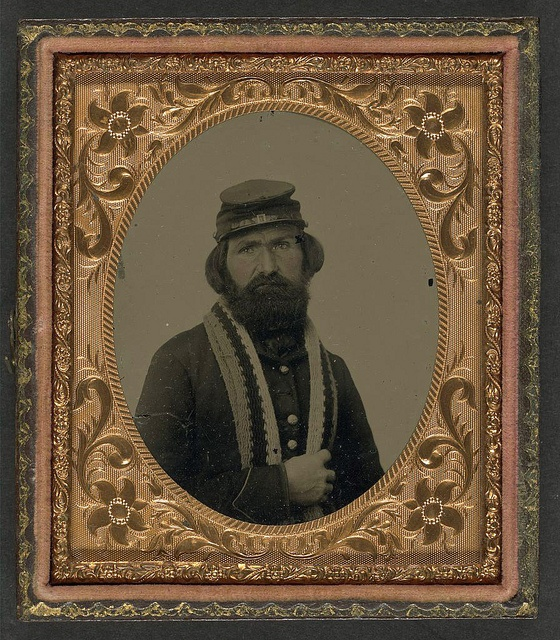 [Unidentified soldier in Union uniform with knitted stole] (LOC) by The Library of Congress, via Flickr