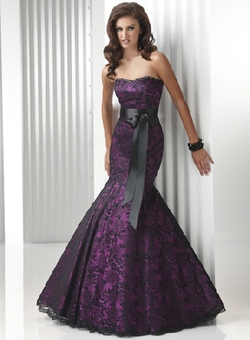 lace corset prom dresses...This is a pretty gown for a Formal party!!