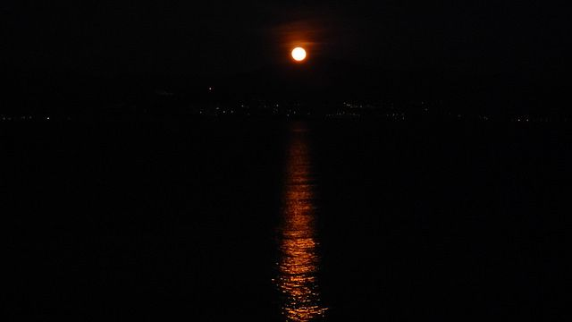 #Full#moon#paros