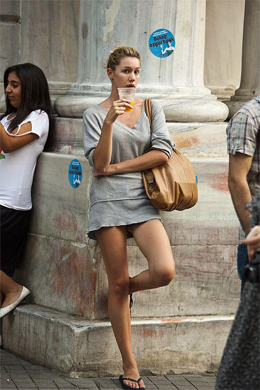 фото девушки  на улице: 5 тыс изображений найдено в Яндекс.Картинках