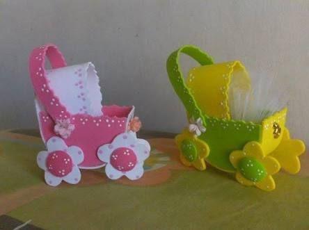 Resultado de imagem para souvenirs baby shower goma eva