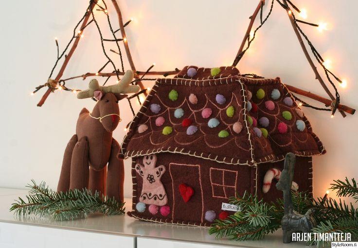 Luukku 16: Arjentimantteja Tämä piparkakkutalo ei lihota eikä katoa muihin suihin ennen aattoa.. :) #styleroom #joulu #joulukoriste #diy #piparkakku