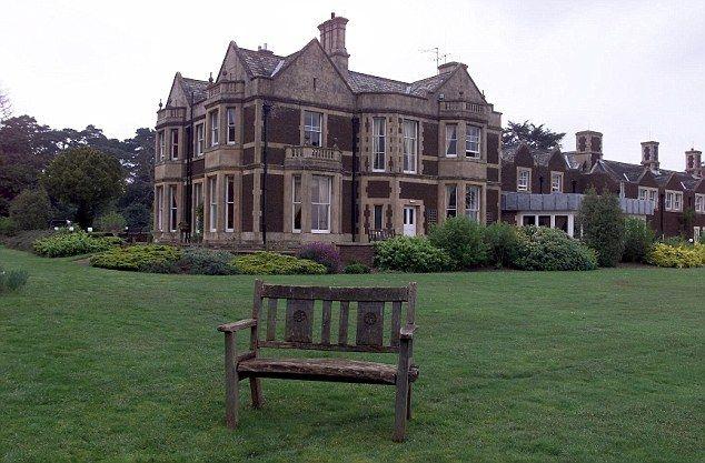 Park House Sandringham Estate Where Diana Spent Her