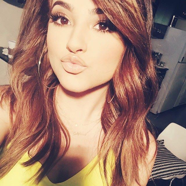 Omg she's so prettyyyyyy