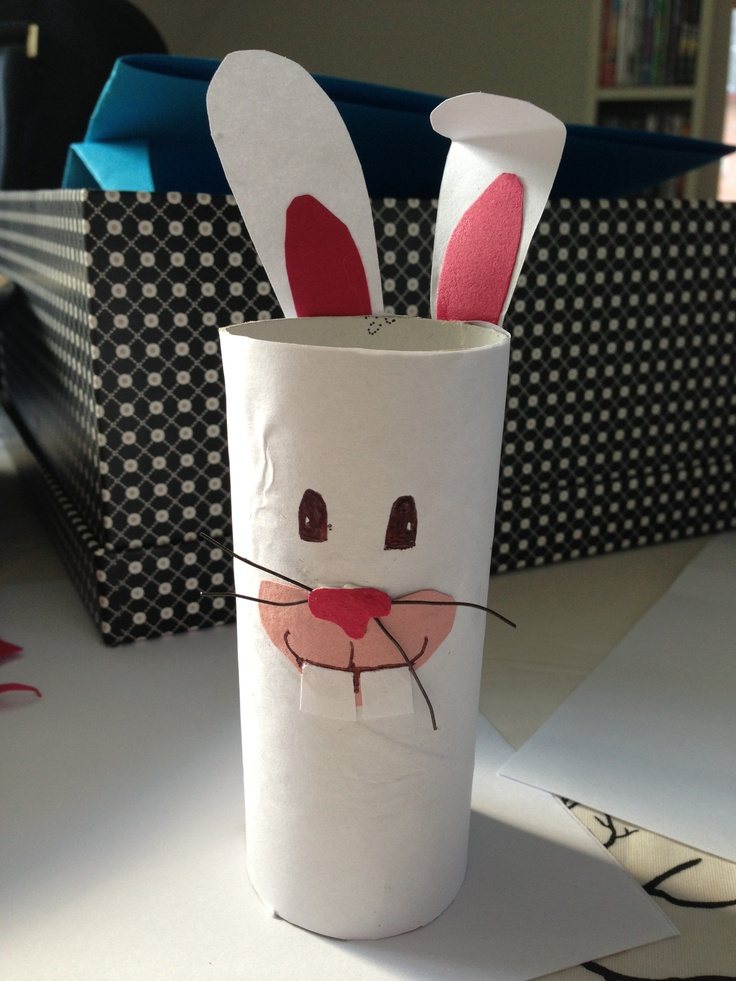Make a Easter bunny from toiletpaper roll
