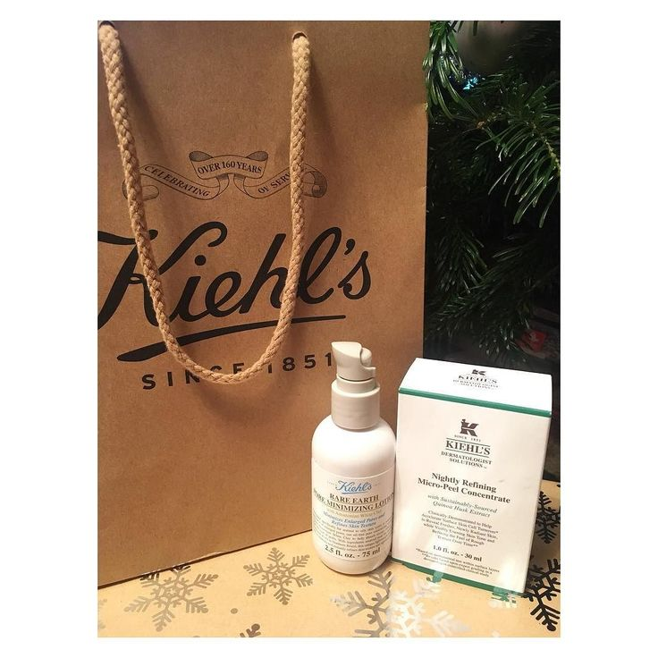 @kiehlsromania . . . . . #kiehls #face #care #pore #minimizing #lotion #nightly #refining #micropeel #concentrate #christmas #present #goodgirl