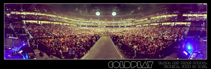 Coldplay: News - Panorama: Times Forum, Tampa Bay  I'm in the very front of the right side near the stage!!!