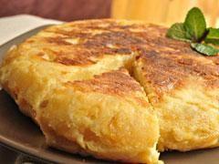 Omelette aux pommes de terre espagnole (Tortilla de patatas)   Planet.fr Femmes