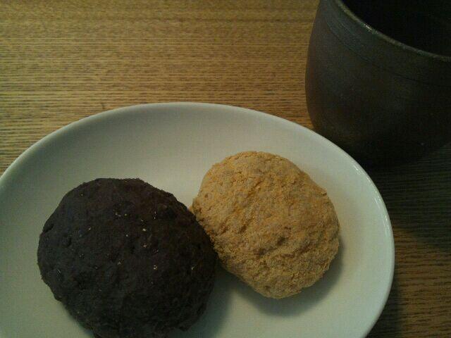 お彼岸なのでおはぎを作りました 朝から小豆をコトコト こういう時間が大好き♪ - 24件のもぐもぐ - 3/17 お彼岸~おはぎ by まみりん