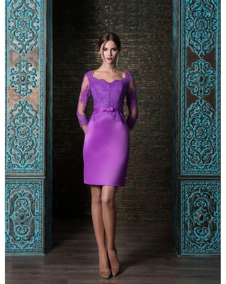 Krátke elegatné púzdrové šaty so saténovou sukňou s trojštvrťovými rukávmi zdobené čipkou. Červené, fialové alebo biele s ružovou čipkou. Krásny výber pre svadobné mamy či elegantné absolvetky na promócie.