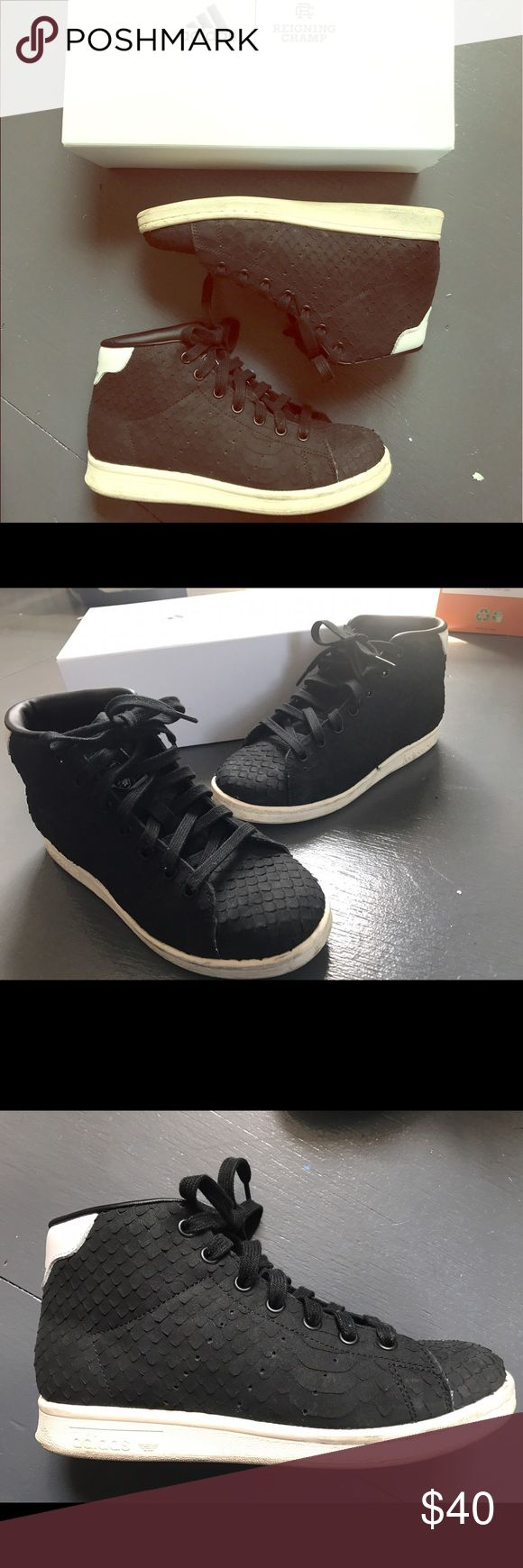 Adidas Women's Stan Smith Sneakers Worn twice Adidas limited edition Stan Smith mid-top sneakers. Black suede textured exterior with white soles. Bought in December 2016. Adidas Shoes Sneakers