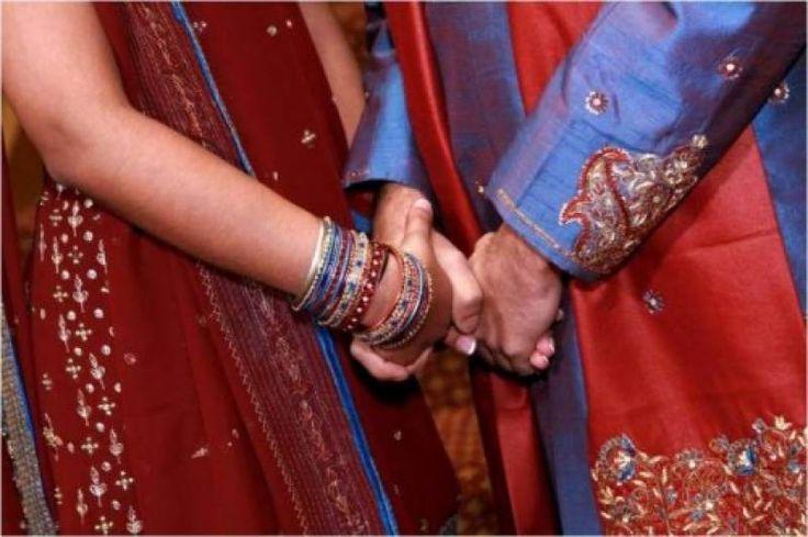لاہور'دوسری شادی کرنے پر بیوی نے شوہر پر تھپڑوں کی بارش کر دی ،تین لاکھ روپے ہرجانے کا دعویٰ بھی کر دیا