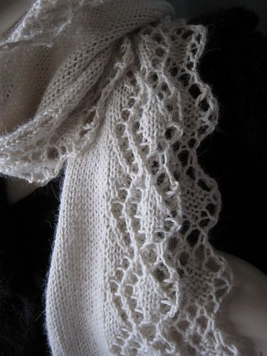 Free Scarf Pattern- love the lace!