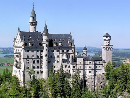 Reminds me of Cinderella's castle... So this is love... Neuschwanstein Castle