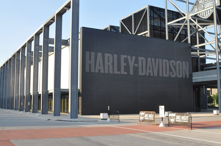 Harley Davidson Museum - Glazed Thin Brick in a dark gray and light gray.