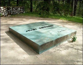 The grave of Sibelius in the garden of his home Ainola'