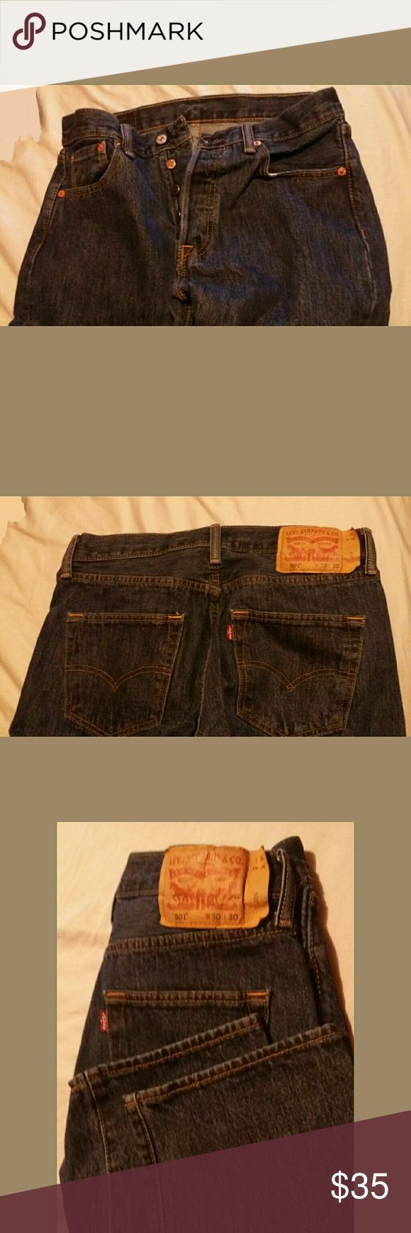LEVI'S 501 MEN'S BUTTON FLY JEANS ORIGINAL FIT STRAIGHT LEG JEANS BUTTON FLY BLUE JEANS/NEVER WORN/NEW NO TAGS/JEANS WERE WASHED DUE TO ANTICIPATED WEAR BUT NEVER WORN/SIZE W 30 L 30 Levi's Jeans Straight