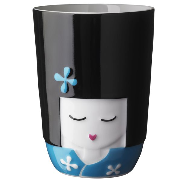 Kokeshi Girl Thermal Cup,you can send it to your beloved.It looks funny but pretty good looking.