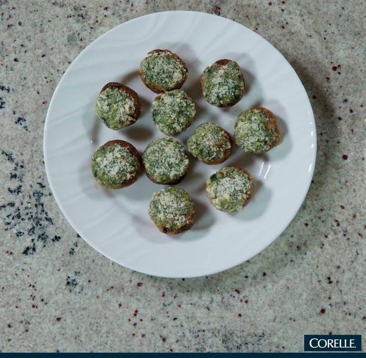 Una botana sencilla como pueden ser champiñones rellenos de espinacas, lucirá mucho más sofisticada si la presentas en un plato de CORELLE. #TipWKcocina #vajilla #Corelle