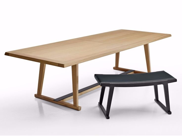RECIPIO '14 Table by Maxalto, a brand of B