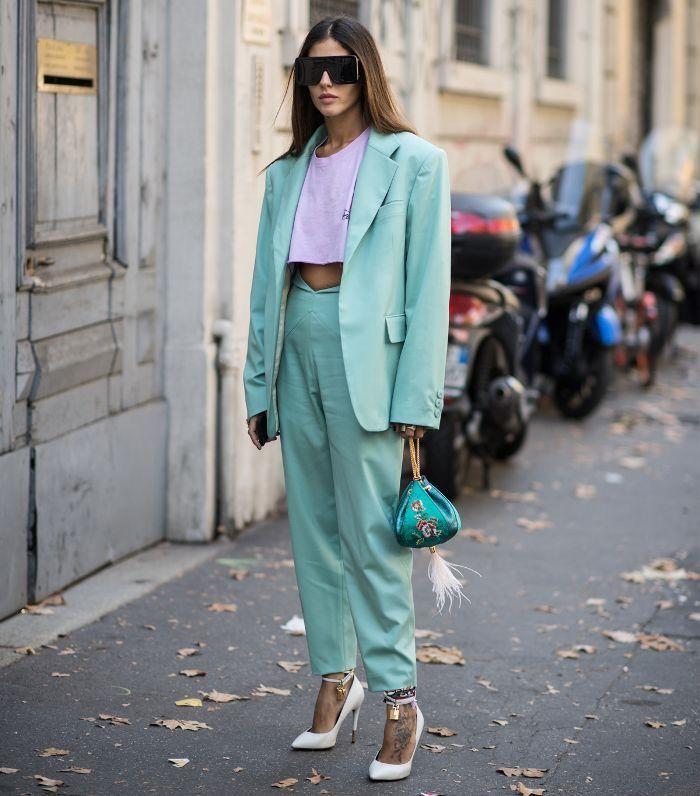Wie benutzt man Minzgrün oder Neonminze? Die Farbe von 2020 – Fashion Street | Fashion Week Street Style