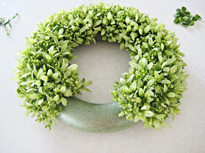 Happy At Home: DIY Boxwood Wreath