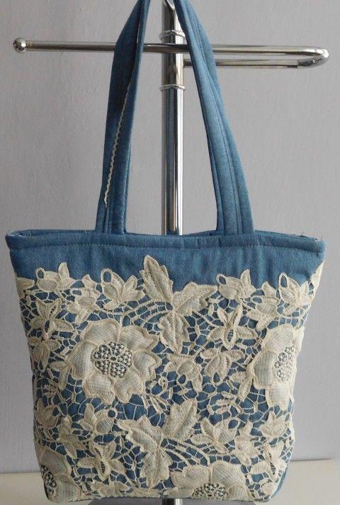 Simira - Džínová kabelka s krajkou - patchwork.mirka