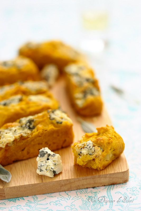 Mini cakes au potimarron et à la Fourme d'Ambert