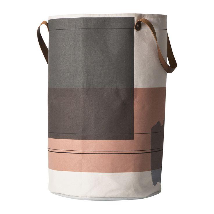 Add effortless style to the bedroom or bathroom with this Colour Block laundry basket from Ferm Living. Made from 100% organic cotton, it features non-woven fusing paper inside and is finished with le