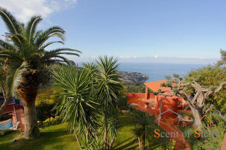 Sicily: Villa SunSet View - Cefalù http://www.scent-of-sicily.com/villas-in-sicily/villa-sunset-view/