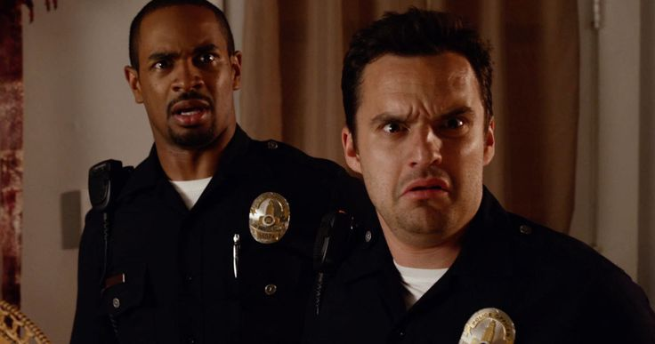 'Lets Be Cops' Announces Nationwide Bus Tour -- Fans will get to watch the new comedy 'Lets Be Cops' for free in a movie theater bus dubbed the CineTransformer in 29 cities across the country. -- http://www.movieweb.com/news/lets-be-cops-announces-nationwide-bus-tour