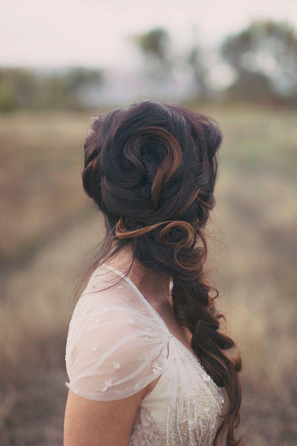 mermaid wedding hair, photo by Alixann Loosle http://ruffledblog.com/blush-and-gold-utah-wedding #bridal #beauty #weddinghair