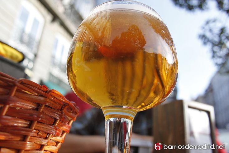 ¿Dónde se toman las mejores cañas de Madrid?  Nuestros amigos de Cerveza + Tapa x Madrid han realizado una publicación con varias opiniones, contando con Barrios de Madrid por supuesto  Esperamos que disfrutéis y comentéis vuestra favorita. http://www.cervezamastapapormadrid.com/ultimas-noticias/donde-tomar-las-10-mejores-canas-de-madrid/