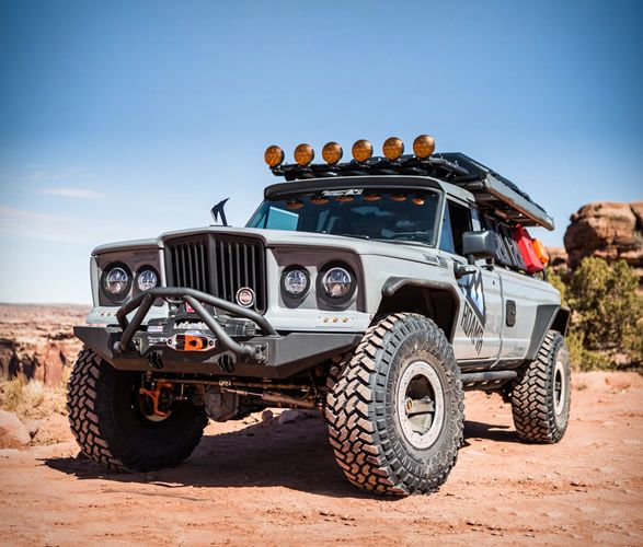 Roamr Jeep Gladiator Tomahawk Jeep Gladiator Jeep Truck Offroad Vehicles