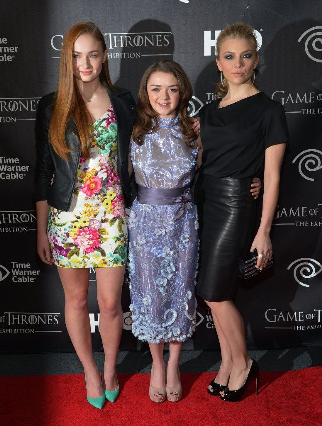 Natalie Dormer, Maisie Williams and Sophie Turner at event of Game of Thrones