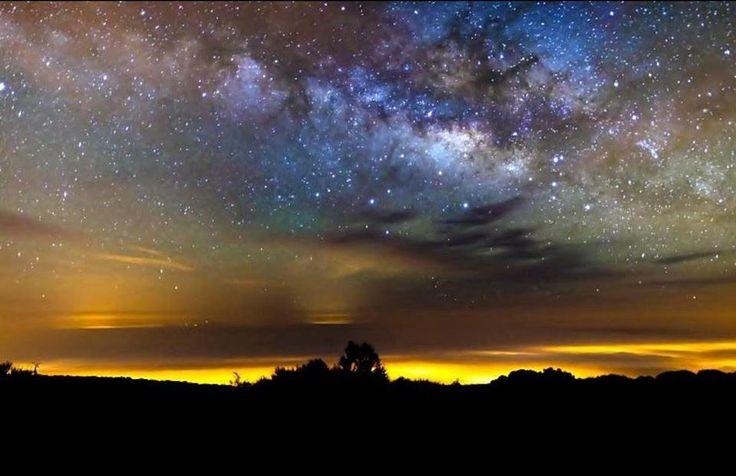 Hermosa vista de la Va Lctea desde 3,718 metros de altura en Teide, la montaa ms alta de Espaa. .jpg (960622)