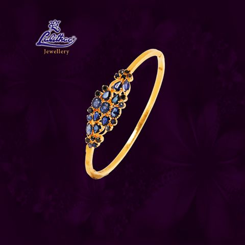 LALITHAA_JEWELLERY Wreathe this simple stylish ash bracelet that shows you unique among others....... For more collections visit - www.lalithaajewellery.com   Gold Fancy Bracelets Buy Bracelets Online Buy Bracelets for Women Diamond Bracelets Designs Indian Diamond Bracelets Diamond Fancy Bracelets Buy Diamond Bracelets for Women Ruby Fancy Bracelets