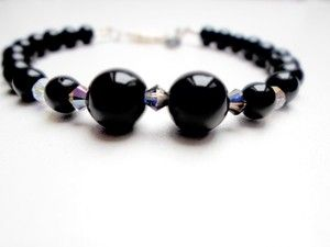 Black pearl and swarovski heliotrope crystal bracelet