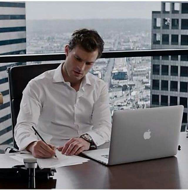 Fifty shades of grey / working ceo / Christian Grey / Jamie Dornan / Mr.Grey / perfect