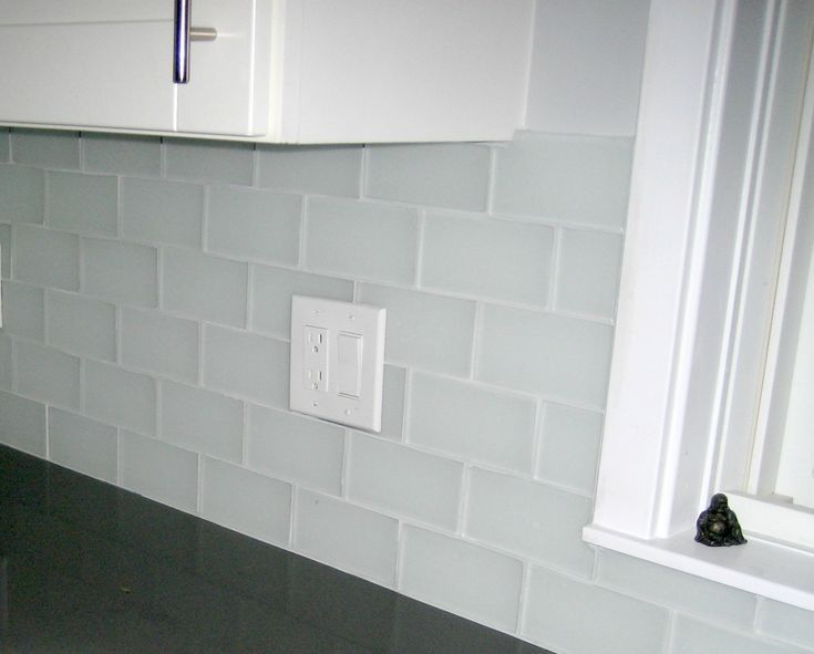 Mixed Style White Tile Backsplash Clear Glass Mosaic