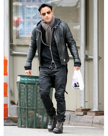 Justin Theroux's style, because it's kinda the best.