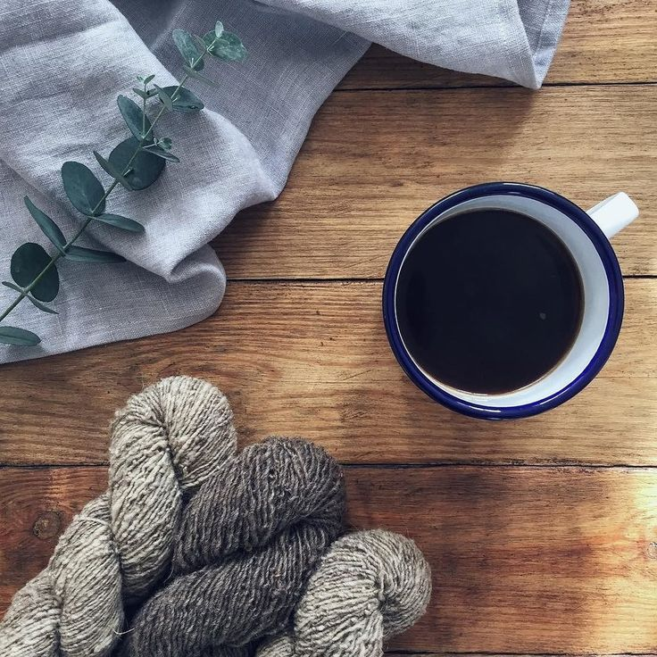 Autumnal knitting inspiration. Moeke yarns review via A Playful Day