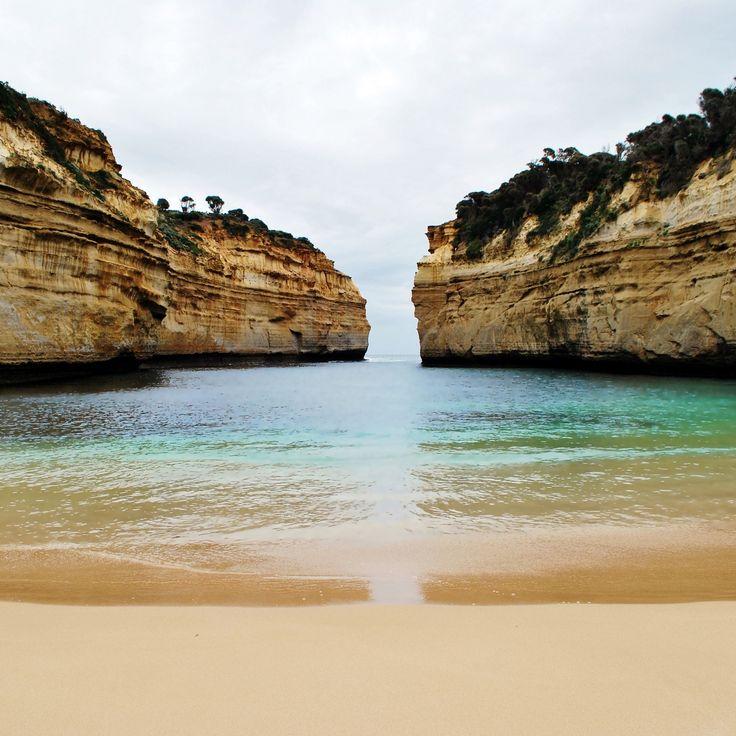 Great Ocean Road, Australia. 250 kilometriä päheitä jyrkänteitä, sademetsää ja vaikka mitä. Lue matkavinkit blogista! | Muuttolintu.com #reissaaminen #loma #matkailu #matkustaminen #blogi