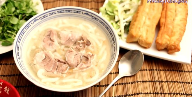 Recipe: Thick Noodle Soup with Pork Hock – Banh Canh Gio Heo