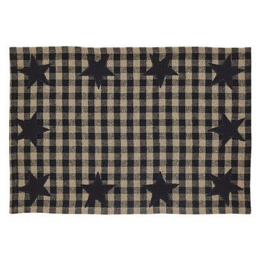 Make your family dinners special with our Black Star Placemat - Set of 2! Add your favorite dishes or pip berry centerpiece and candles for the final touch! https://www.primitivestarquiltshop.com/products/black-star-placemat-set-of-2 #primitivekitchenanddiningrooms