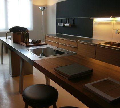 diseno de cocina en madera con accesorios de cocina